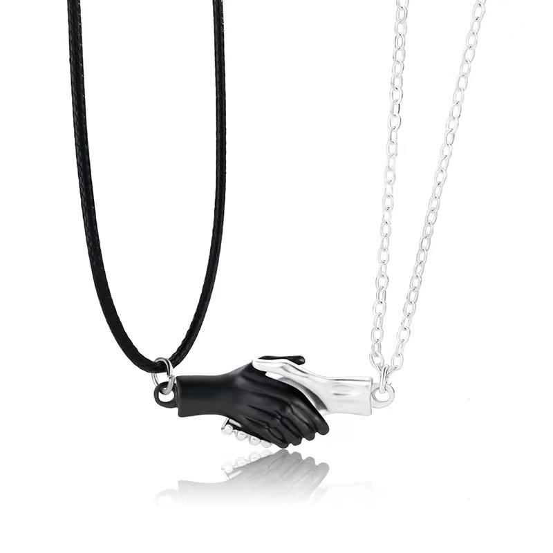 Hold Magnet To Attract Your BFF Couple Hand Magnetic Necklaces
