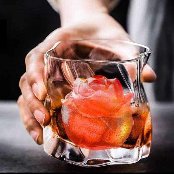 (🔥Clearance Sale - 50% OFF) 3D Silicone Rose Shape Ice Cube Mold