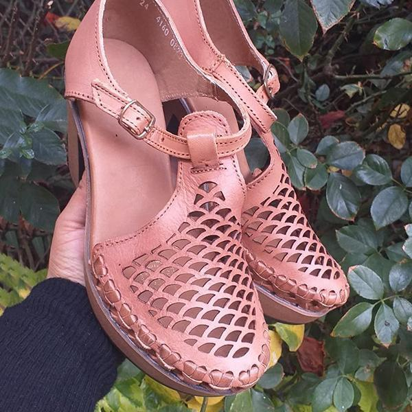 Zoeyootd Women's Colored Closed Toe Mesh Sandals