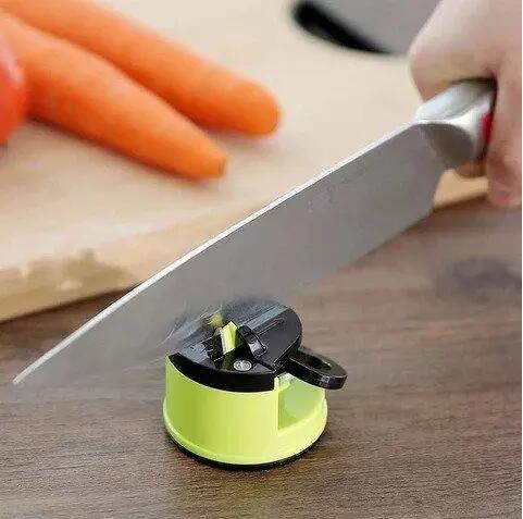 Blade Sharpener Mount-helps sharpen all types of knives, as quickly as just 3 swipes