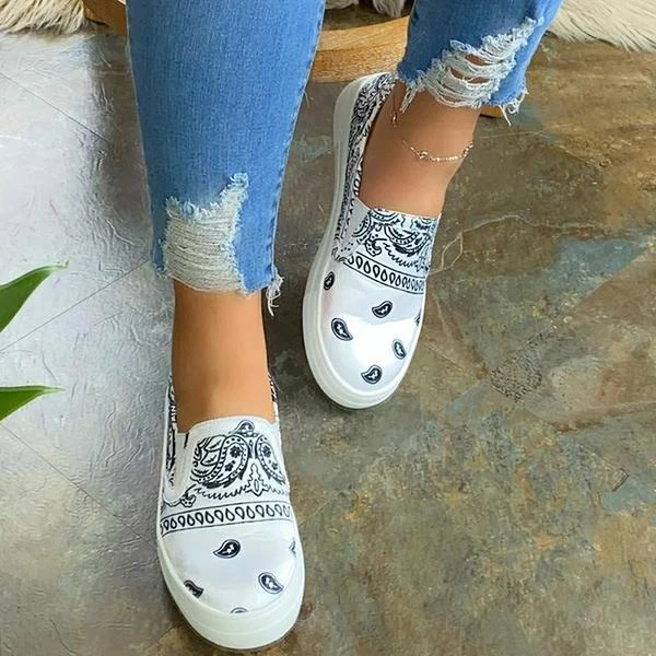 Lalarosa Fashion Slip on Printed Loafers/Sneakers