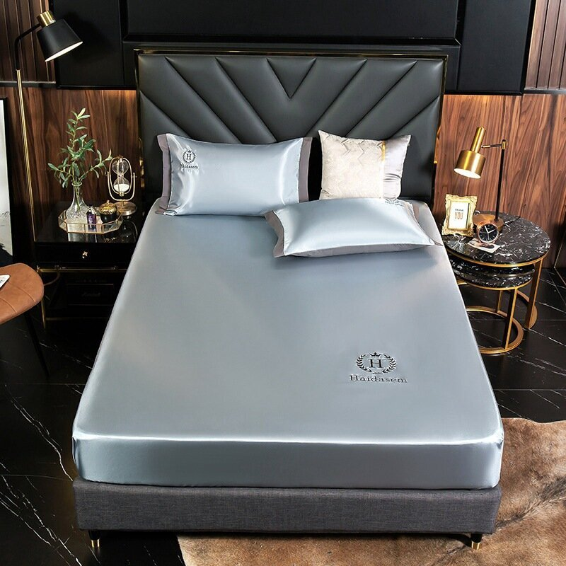 The Cold Feeling - Ice Silk Bed Sheet 🎁 Summer Promotion - Two Free pillowcases🎁